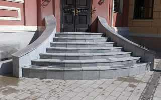 Подробно об устройстве крыльца из бетона, инструкции как рассчитать, сделать армирование и как залить фундамент под крыльцо