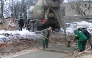 Что добавить в бетон при морозе?